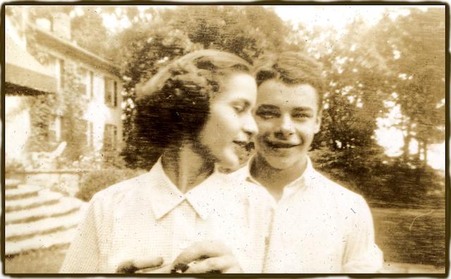 Betsy and Sam 1935?.jpg