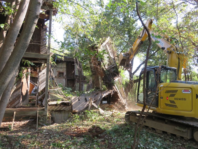 12 house demo Sept. 18, 2015.jpg